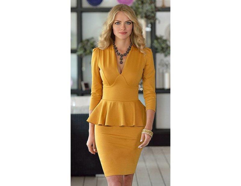 2c49048abdc Короткие платья с баской встречаются довольно редко