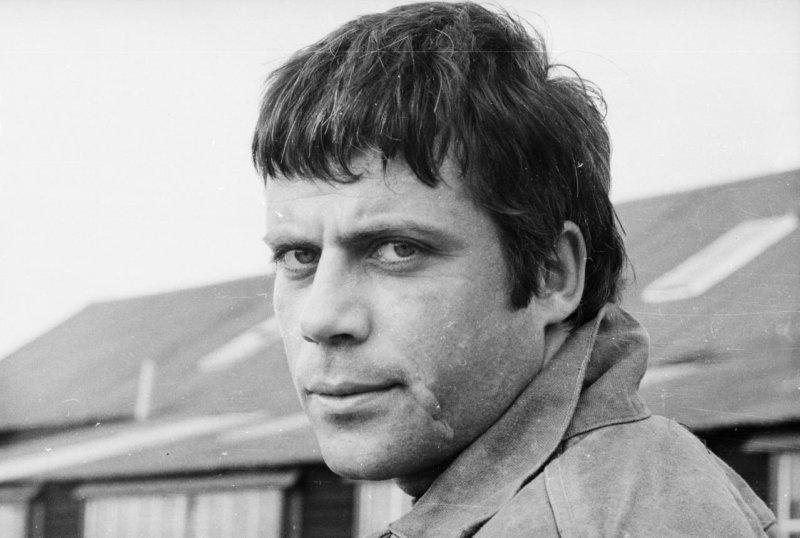 Оливер Рид (13.02.1938 – 02.05.1999)