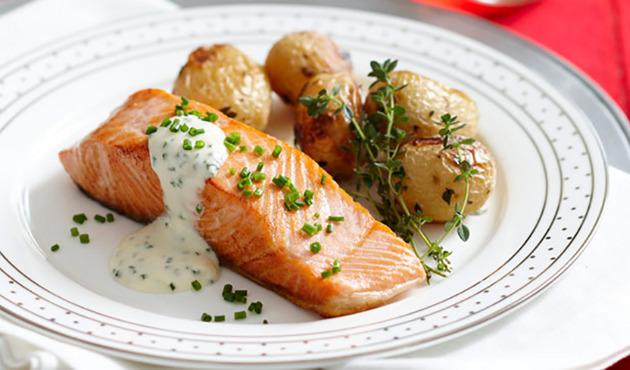 Горбуша с картошкой, запеченная в духовке - рецепт