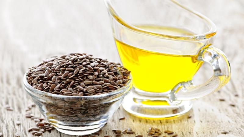Льняное масло- особенности состава, польза и применение