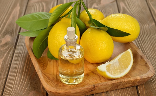 Масло лаванды и лимон