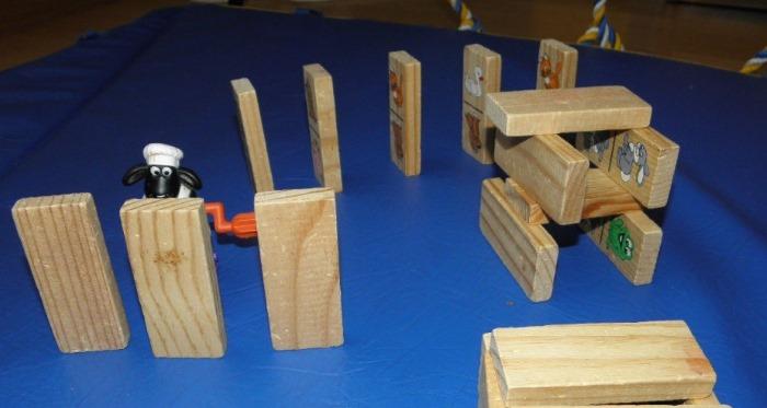 Изделия из дерева своими руками. Что сделать на продажу, для дома, сада, детей. Чертежи, фото