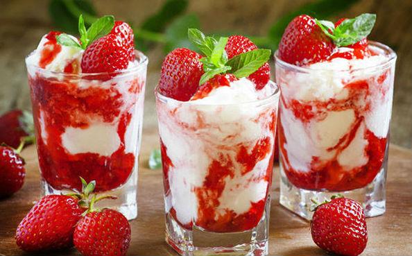 мороженое в стаканах