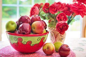 Приметы, гадания, заговоры и обряды на Яблочный Спас для женщин и незамужних