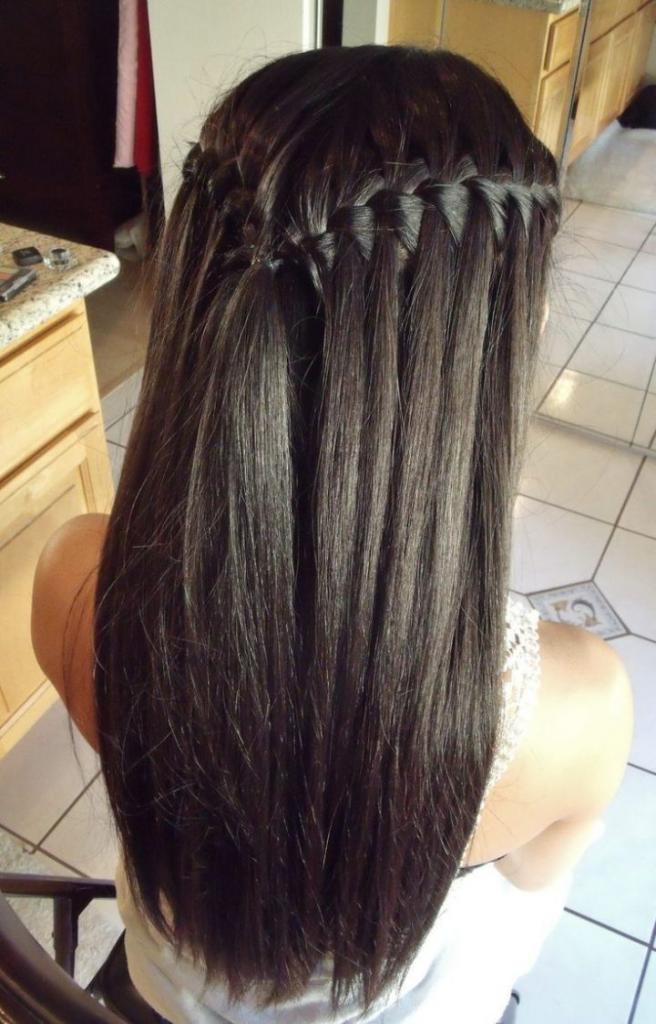 """""""Водопад"""" на прямых волосах"""