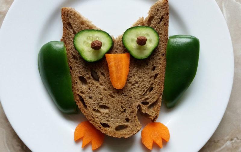 Как сделать сову из хлеба и овощей рецепт пошагово