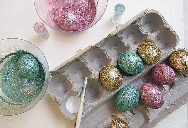 блестящие яйца