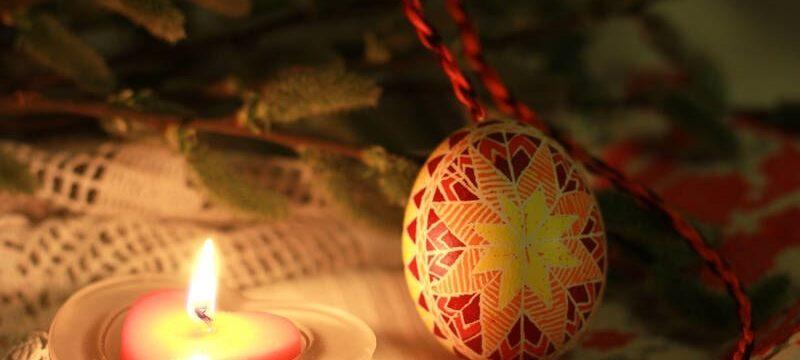 Гадания на Пасху: разрешается ли гадать на картах в воскресенье и после празднования